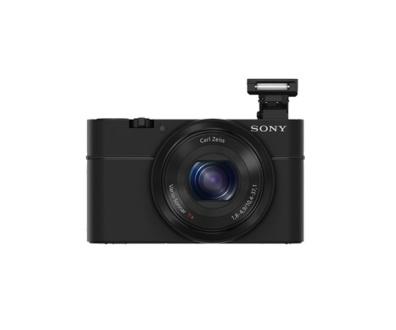 Sony Cyber-Shot DCS-RX100. Senzorul CMOS de 20.2 MP, filmarea Full HD, obiectivul luminos și aspectul clasic-retro recomandă Sony Cyber-Shot RX100 ca un compact profesional și ultra performant.
