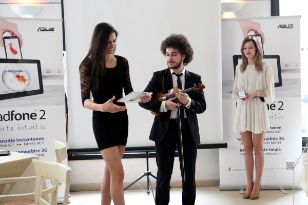 Lansare ASUS PadFone2 in Romania