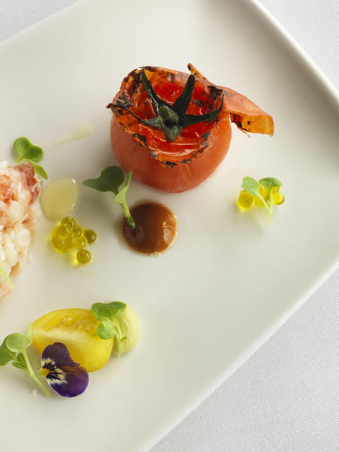 qualia_QLD spanner crab_ heirloom tomato_ avocado_2