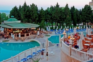 Sol Nessebar Resort- piscina